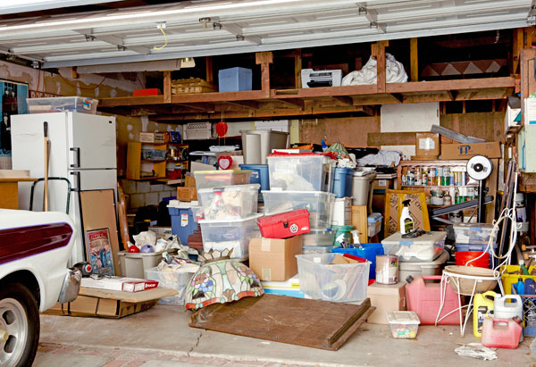 Smart Quick Tips For Decluttering Your Garage!